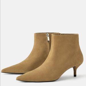 BRAND NEW* Authentic Suede/leather Ankle Boots